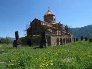 Օձուն. Աստվածածին բազիլիկ եկեղեցին
